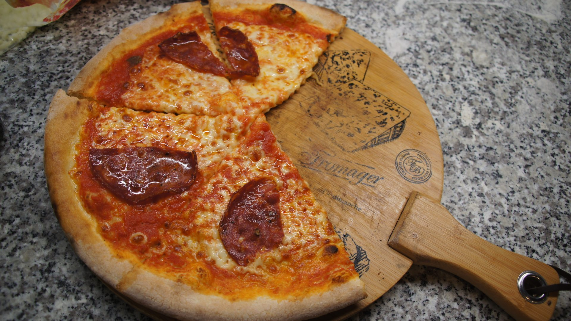 Pizza Toruń bardzo włoska