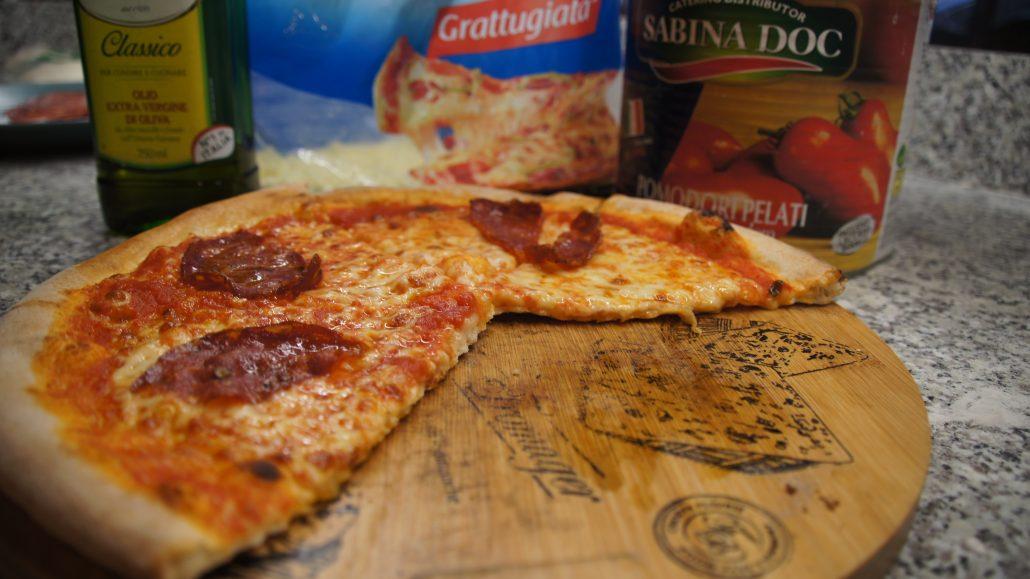 Pizza Toruń Lantico Forno Pizza Z Pieca Toruń Starówka